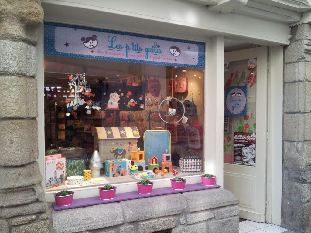 magasin bébé vannes