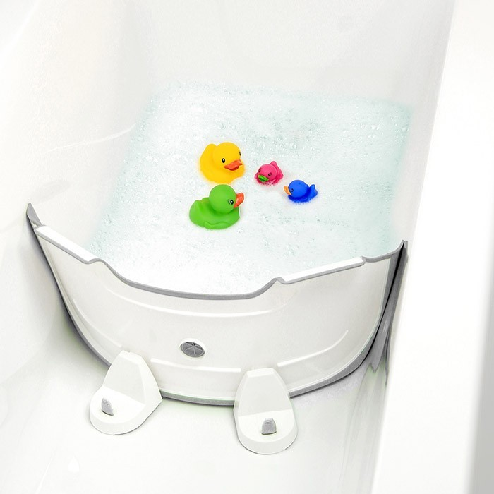 réducteur de baignoire bébé
