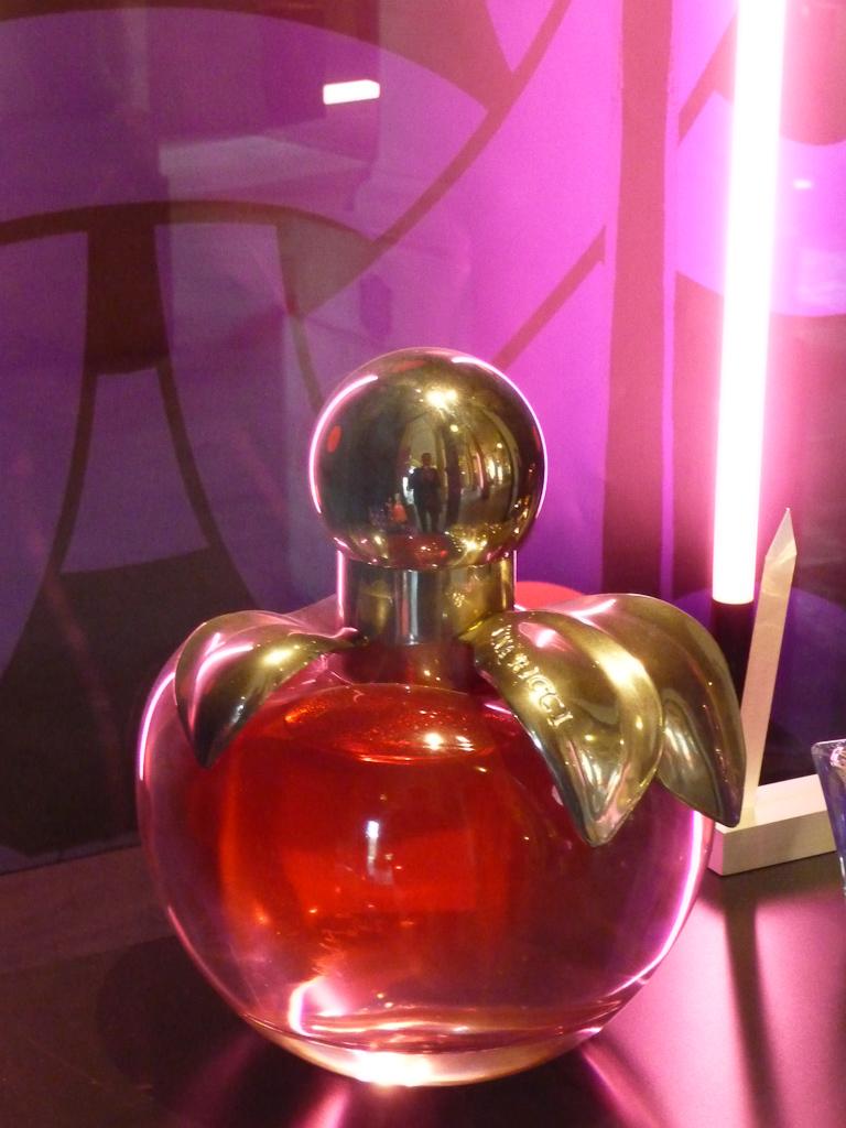 parfum flacon pomme